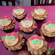 Spa girl cupcakes for Spa Birthday Party. #lylyssweetlife www.lylyssweetlife.com