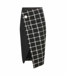 Black and white check wool blend wrap skirt Black Milk Clothing, Vintage Clothing, Balenciaga, Checkered Skirt, Cute Skirts, Wrap Skirts, Black Knees, Mode Inspiration, Forever21