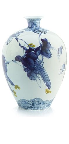 Chinese Blue & White Porcelain Vase, Modern Art on Classic Design, Beautiful Interior Design Project Fillers, one of over 3,000 limited production interior design inspirations inc, furniture, lighting, mirrors, home accents, accessories, decor and gift ideas to enjoy repin and share at InStyle Decor Beverly Hills Hollywood Luxury Home Decor enjoy & happy pinning