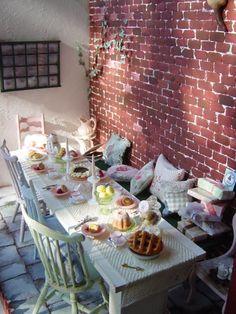 "Miniature Dollhouse ""Tea Party for Alice"" by Yoko Serizawa."