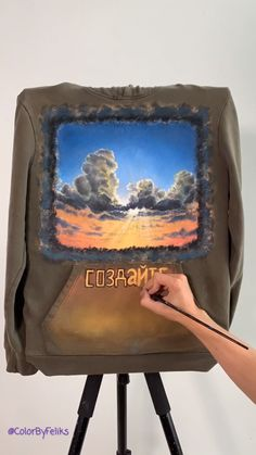 Making a custom sweatshirt painting using acrylics and fabric paint medium.original video from my Painted Denim Jacket, Painted Jeans, Painted Clothes, Hand Painted, Denim Kunst, Denim Art, Diy Wardrobe, Do It Yourself Fashion, Painting Videos