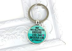 Das perfekte Geschenk und Andenken zur Taufe für den Taufpaten / Patenonkel / Freund. Ein wunderschöner silberfarbener Schlüsselanhänger mit der Aufschrift: Nur der allerbeste Freund wird zum...