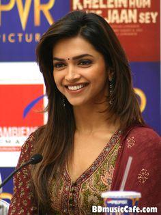 deepika padukone hair color in cocktail | Bollywood Actress Deepika Padukone Biography