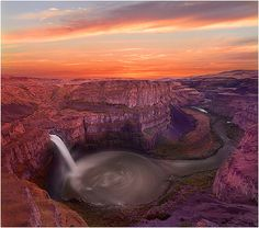 Palouse Falls Sunset by kevin mcneal, via Flickr - Washington State Park