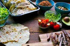 ZERO WASTE: KVÁSKOVÉ TORTILLY - Chuť od Naty Zero Waste, Tacos, Food And Drink, Bread, Ethnic Recipes, Brot, Baking, Breads, Buns
