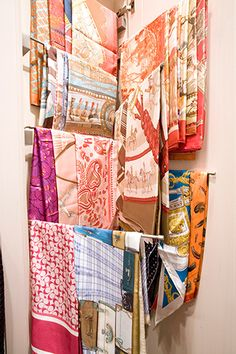 5 Pro Tips That Can Transform Your Closet #refinery29  http://www.refinery29.com/melanie-charlton#slide-5  Scarves & belts (Bonus: Ties) Scarves provide a splash of color to our outfits. Silk scarves can be hung in easily accessible, full display, draped over space-saving, shape-saving specialty bars like our Clos-ette by Nanz hardware. A belt can be hung on a hook or a belt hanger, or rolled and placed on shelf. Like shoes and handbags, leather belts should be polished and sue...