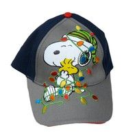 This great looking Peanuts baseball cap features the adorable Snoopy character.  Size:  Boys On
