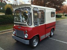 Learn more about Rare RHD Postal Vehicle: Restored 1961 Willys-Jeep Fleetvan on Bring a Trailer, the home of the best vintage and classic cars online. Vintage Trucks, Old Trucks, Mini Van, Step Van, Cool Vans, Cool Jeeps, Classic Cars Online, Small Cars, Custom Trucks