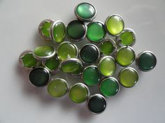 25 Assorted Greens Pearl Snap 4 Part Prong Size by hookedbykmorey