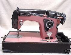 Google Image Result for http://4.bp.blogspot.com/_evsy7EUfesM/TGiAgug_6CI/AAAAAAAAE2Y/-bKcL17lOCQ/s400/Sewing%2BMachine.jpg