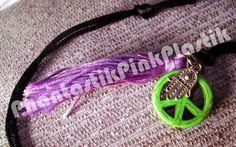 PhantastikPinkPlastik: Collares Peace http://accesoriosppp.blogspot.com.es/