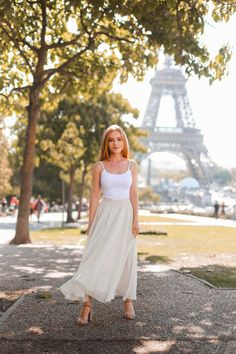 Julia, White Dress, France, Paris, Character, Dresses, Fashion, Books, Vestidos