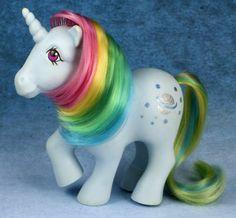 My little pony unicorn light blue rainbow hair Original My Little Pony, Vintage My Little Pony, My Little Pony Unicorn, My Lil Pony, 90s Childhood, Childhood Memories, Retro Toys, Vintage Toys, Kickin It Old School