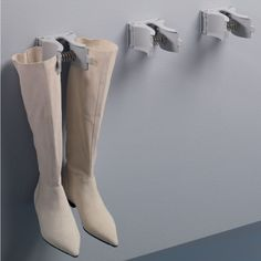 Ambos Boot Hanger mounts on wall or under shelf  Holds all types of boots  Boots hang and therefore retain shape and do not crack  Fibreglass-reinforced nylon clip