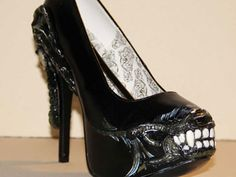 alien high heel shoes | Even Zombies Need Shoes - Seriously Horrorific Footwear | News Article ...