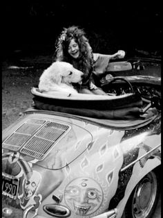 Janis Joplin- Man could she belt the blues and not to mention her car was rockin'. Acid Rock, Blues, Music Icon, My Music, Hippie Music, Music Songs, Janis Joplin Frases, Janis Joplin Style, Rainha Do Rock