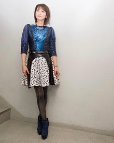 Sequin Skirt, Sequins, Pop, Skirts, Fashion, Moda, Popular, Pop Music, Skirt