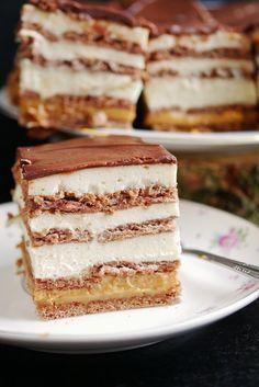 3 bit cake on biscuits (without baking)- Ciasto 3 bit na herbatnikach (bez pieczenia) 3 bit cake on biscuits (without baking) - Polish Desserts, Polish Recipes, Healthy Cake, Vegan Cake, Sweet Desserts, Just Desserts, Baking Recipes, Cake Recipes, Streusel Cake