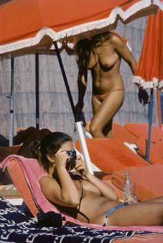 Elliot Erwitt - Saint Tropez 1978