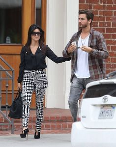 Fashion Inspiration for today is from Kourtney Kardashian who is wearing my favorite fashion trend right now, crazy pants! I love this look. Would you wear them? #MaurasFashionInspiration