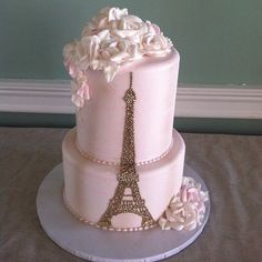 Paris Themed Quince Cakes: Love at First Bite Paris Birthday Cakes, Paris Themed Cakes, Paris Themed Birthday Party, Paris Cakes, Paris Party, Paris Theme Parties, Spa Birthday, Theme Cakes, Birthday Ideas