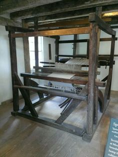 Loom at Mount Vernon, displayed in Spinning Room.