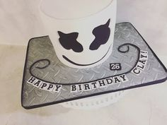 """I made this cake for Clay's birthday! My laptop died and then I couldn't load my editing program but I finally figured it all out and I""""M BACK! 26th Birthday, 9th Birthday Parties, Birthday Cakes, Birthday Ideas, Bolo Dj, Party Fun, Party Ideas, Dj Cake, Marshmello Dj"""