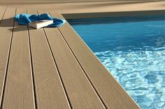 Swimming pool deep embossed decks are becoming more specialized with a stronger emphasis on aesthetics, transforming the pool and backyard area into a mini resort with lighting Wpc Decking, Composite Decking, Deck Pvc, Florida Pool, Deck Flooring, Swiming Pool, Pool Coping, Intex Pool, Rectangular Pool