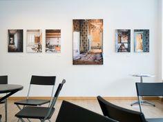 """Tirages réalisés sur papier fine art avec un encadrement en châssis affleurant argent. Un travail photographie réalisé par Nicolas Castets pour l'exposition """"En attendant Colette""""."""