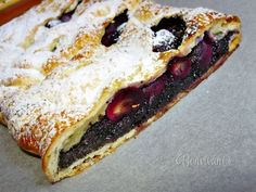 Makovo - hroznová štrúdľa Strudel, Macaroons, Goodies, Pie, Ethnic Recipes, Sweet, Desserts, Food, Homeland