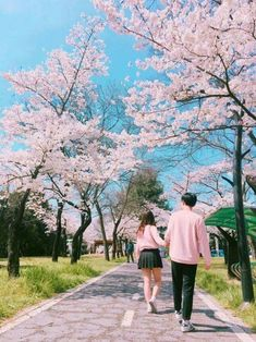 ulzzang couple images, image search, & inspiration to browse every day. Mode Ulzzang, Korean Ulzzang, Ulzzang Girl, Senior Photography, Couple Photography, Portrait, Asian Love, Korean Couple, Ulzzang Couple