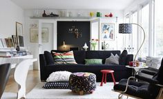 Here we share some best pictures from internet of black and white living room interior design. Best Photos of Combination of black and white colors for your interior decor.