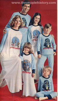 Star Wars family pajamas 1978 . The greatest thing I've ever seen .