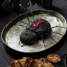 Halloween Food - Black Widow Goat Cheese Log via Delish Creepy Halloween Food, Halloween Dishes, Halloween Cocktails, Halloween Food For Party, Spooky Halloween, Halloween Treats, Halloween Foods, Halloween Appetizers For Adults, Witch Party