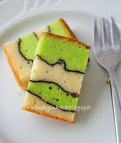 Recipe tried in March 2011   When Roz of Home Kreation  said this cake looked like a map, it reminded me of the topographic maps that we u...