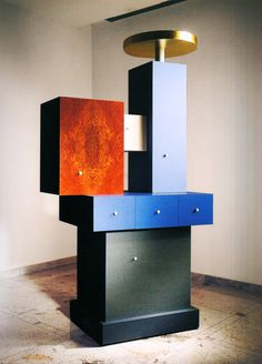 Modern cabinet color /Ettore Sottsass