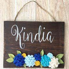 Flower name sign wood - Handmade rustic wood nursery wedding gift bride…