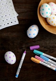 how to make polka dot easter eggs on Say Yes