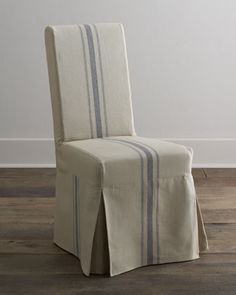 "Bernhardt ""Fowler"" Dining Table & ""Westcreek"" Chairs"
