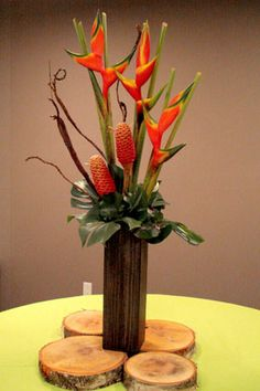 Bankia, Heliconia, Monstera, Fantail Willow