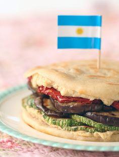 El tenedor rosa: Sándwich de verduras grilladas y hummus