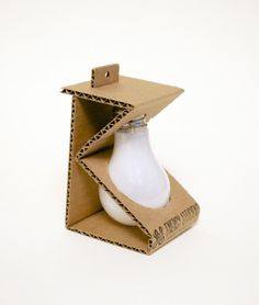 Environmentally Friendly Light Bulb Packaging (Student Project) on Packaging of the World - Creative Package Design Gallery