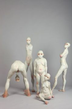 Choi Xooang is an artist who sculpts concrete bodies.