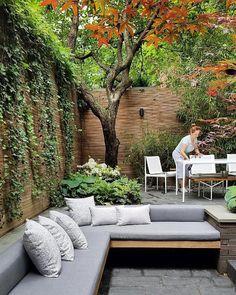 #harrisongreennyc #flowersgarden #gardendesign #weekend #ready #nycharrisongreennyc :: Weekend ready