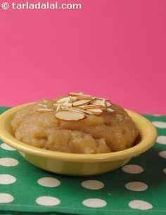 Atta Ka Sheera recipe | Indian Microwave Recipes | by Tarla Dalal | Tarladalal.com | #2784