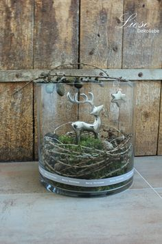 Christmas ***** decorative objects - * deer in a glass * - a designer piece by Liese -., Christmas ***** decorative objects - * deer in a glass * - a unique product by Liese-Dekoliebe on DaWanda. Rustic Christmas, Vintage Christmas, Christmas Time, Christmas Crafts, Natural Christmas, Thanksgiving Crafts, Diy Crafts To Do, Decor Crafts, Large Lanterns