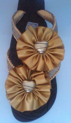 Sandalias, cholas decoradas.