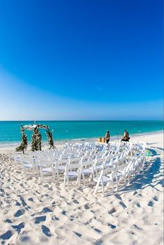 A white sandy beach in Parrot Cay is the perfect spot for a wedding. #WeddingWednesday