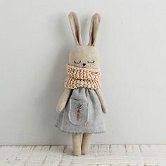 Bunny doll fabric doll made with organic linen organic cotton hemp dress and organic cotton scarf bunnydoll linendoll ecotoy organictoy organicdoll fabricdoll ragdoll Fabric Toys, Fabric Crafts, Sewing Crafts, Sewing Projects, Cotton Crafts, Paper Toys, Muñeca Diy, Sewing Dolls, Diy Doll
