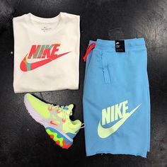 No photo description available. Dope Outfits For Guys, Swag Outfits Men, Boys Summer Outfits, Cute Lazy Outfits, Tomboy Outfits, Retro Outfits, Polo Outfit, Outfit Grid, Nike Outfits